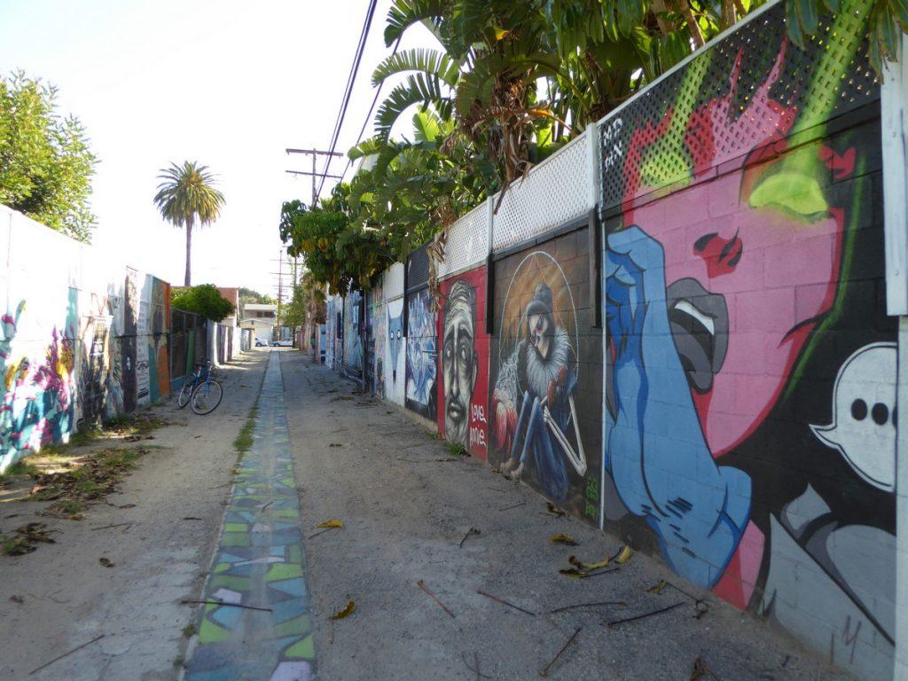 Alley à côté de Gabba gallery 3126 Beverly Bd
