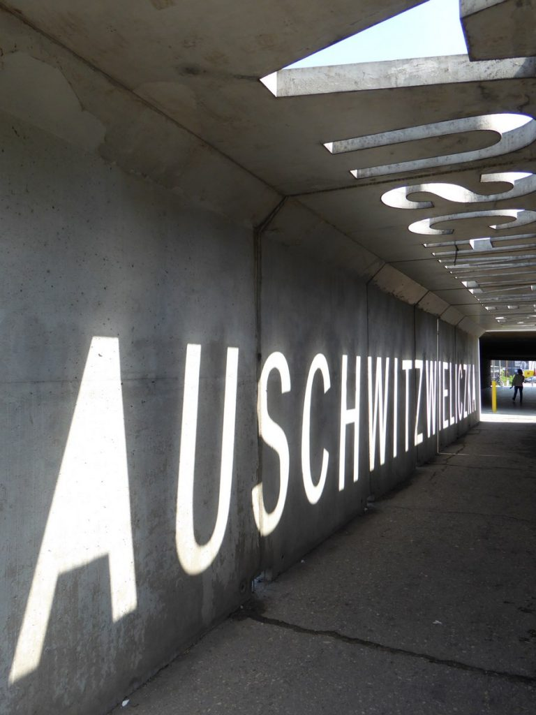 Près du musée d'art contemporain - Przemysłowa / Lipowa