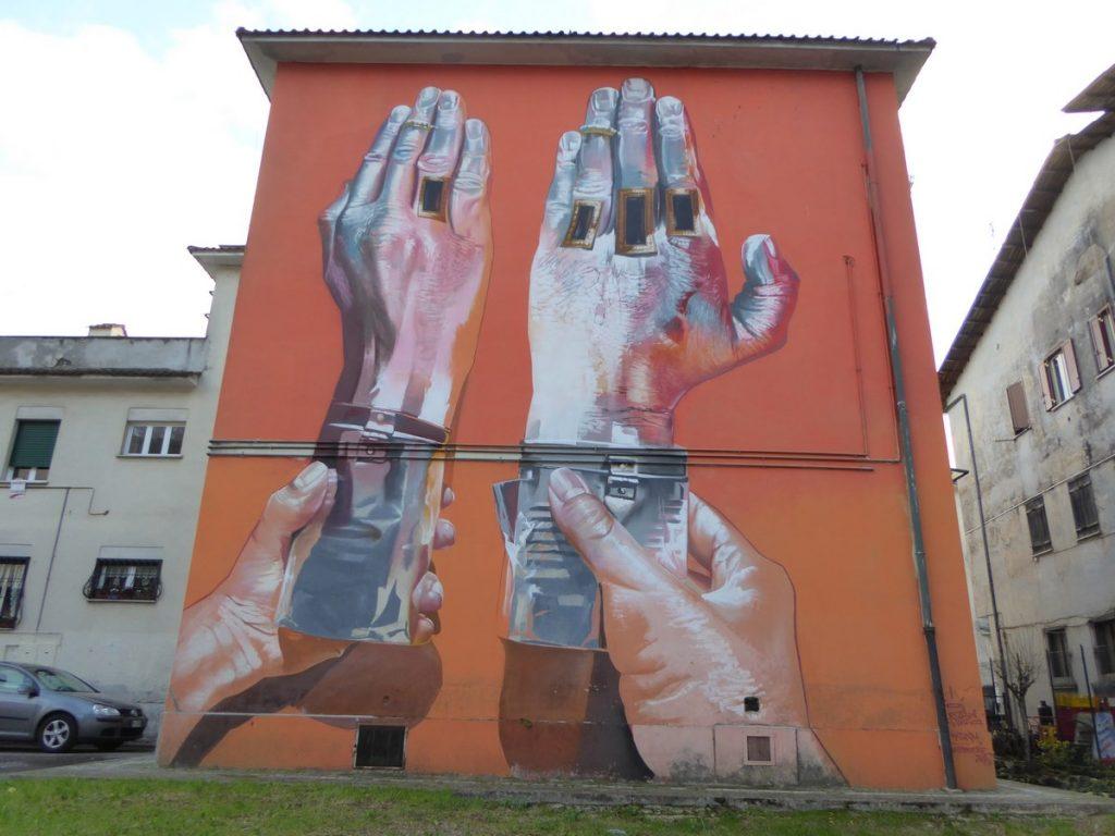 CASE MCLAIM - Valmontone - Via Casilina