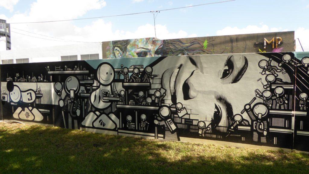 LONDON POLICE - Miami - Wynwood Walls – NW 26 st / NW 25 st / NW 2 av