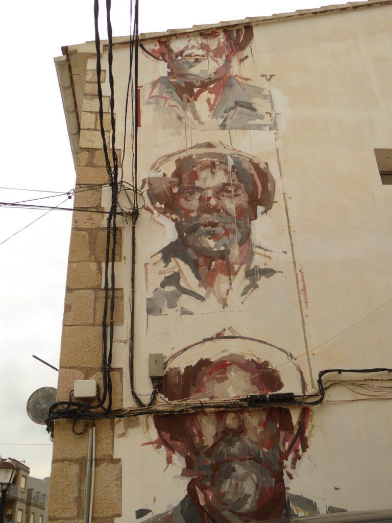 BORONDO - Fanzara - Av. José Antonio & carrer Vallat