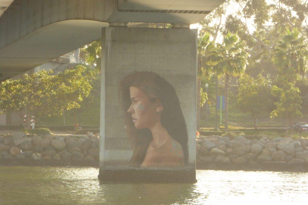 THE HULA - Long Beach - Queens Way (LA river bridge)